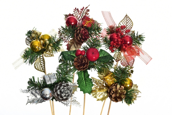 Conor Browne Wreaths Suppliers Of Quality Christmas